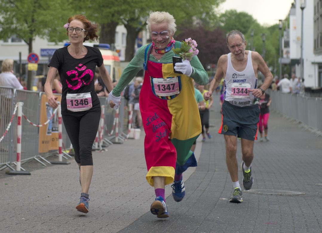 15. Kirschblütenlauf 2018 - 10 km - Clown mit Muse
