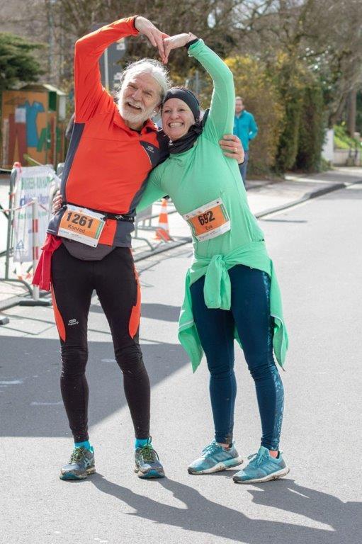 45. Königsforst-Marathon - Ziel 21 km - run happy 1