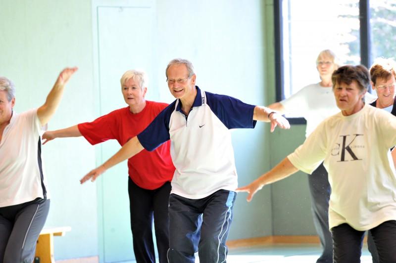 form-und-figur-kurs-fitness-bergisch-gladbach-senioren-tv-refrath